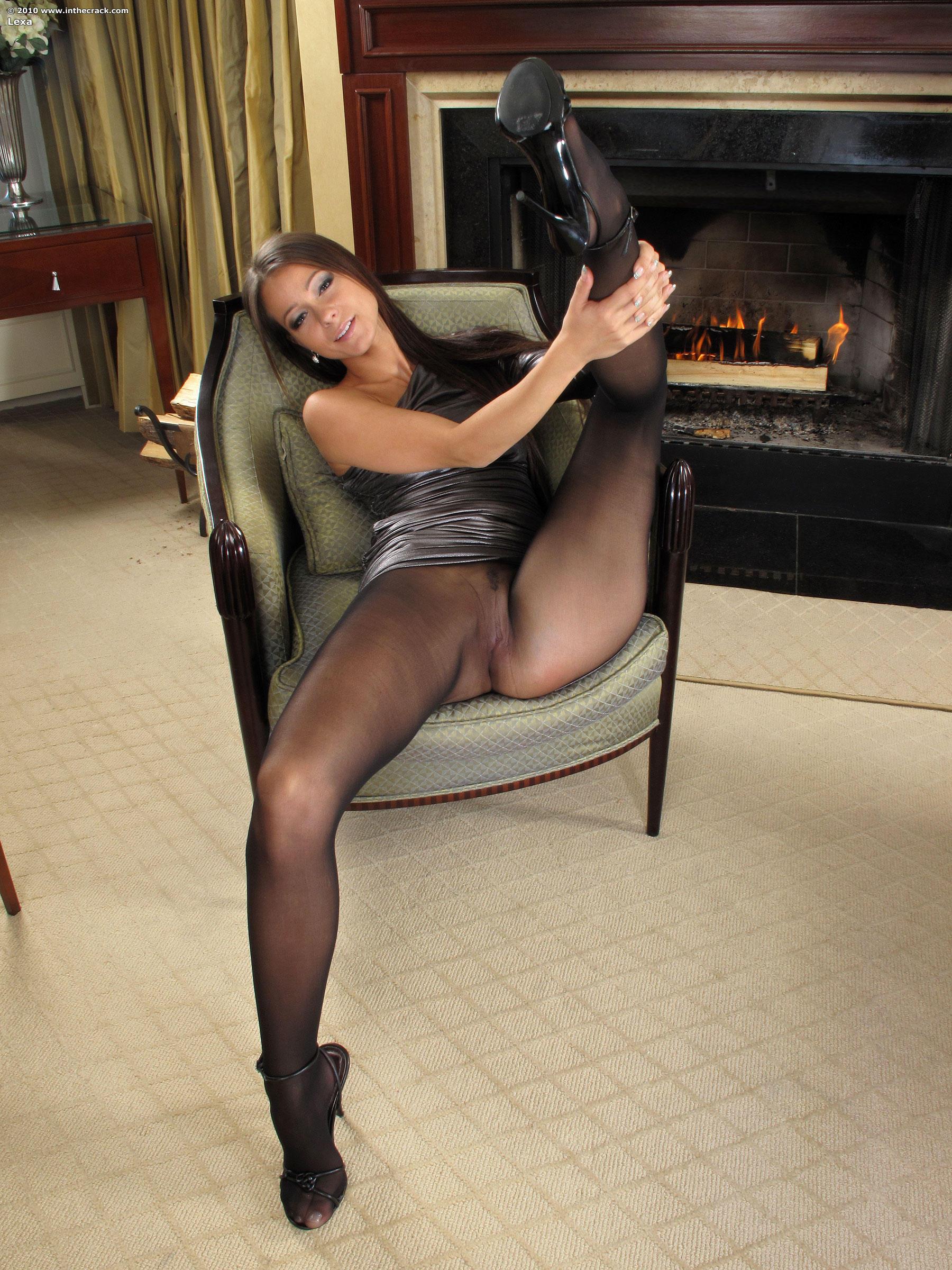 turboimagehost.com show-022 porn  lexa fireplace 022 (lexa_fireplace_022.jpg) - 5046009 - Free Image Hosting at TurboImageHost