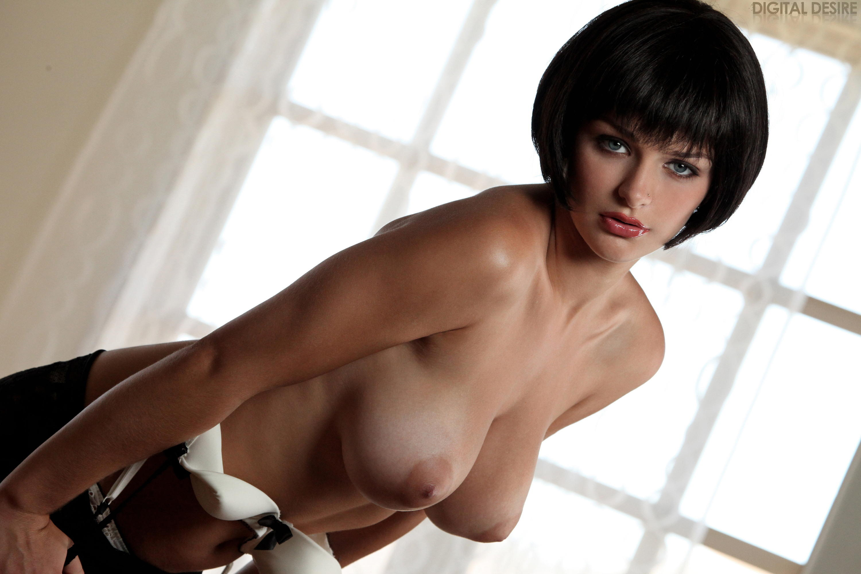 Секс мамочки брюнетки с короткой прической и юноши 18 фотография
