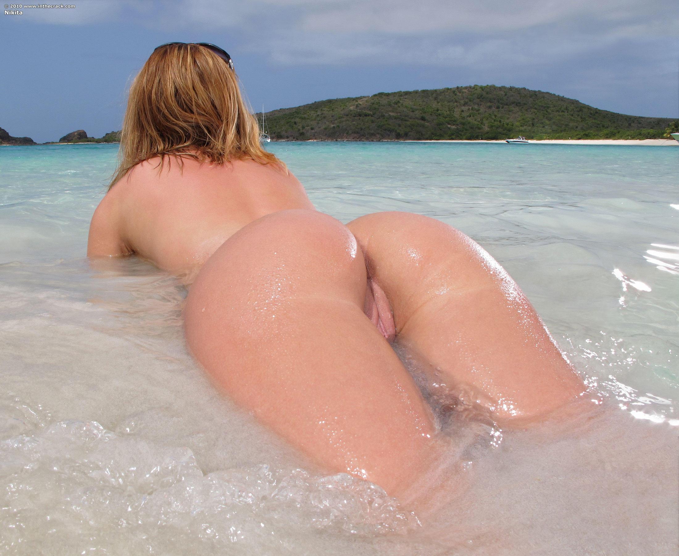 Секс жопа море фото 1 фотография