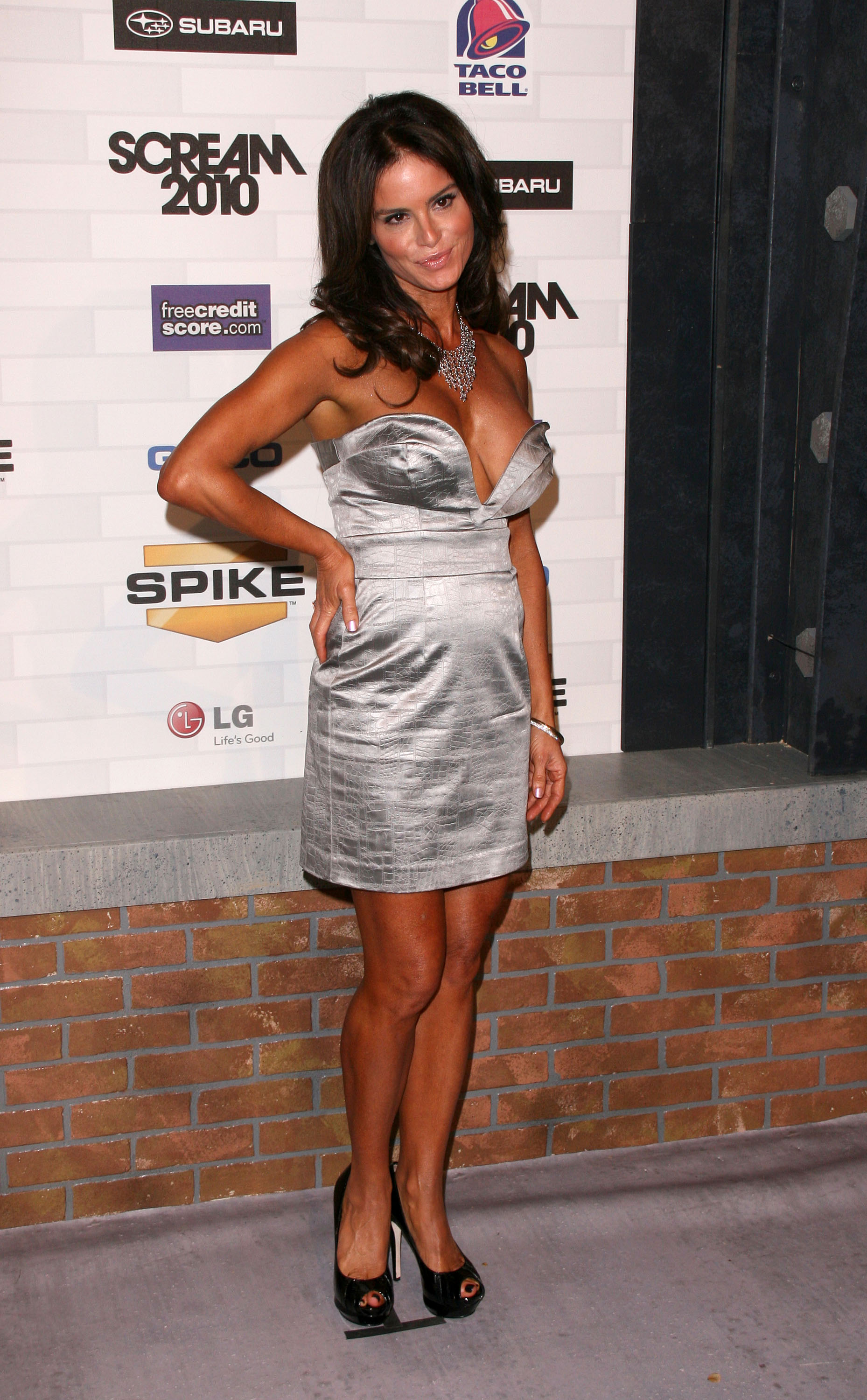 NBS Betsy Russell 2010 Spike TVScream Awards 4