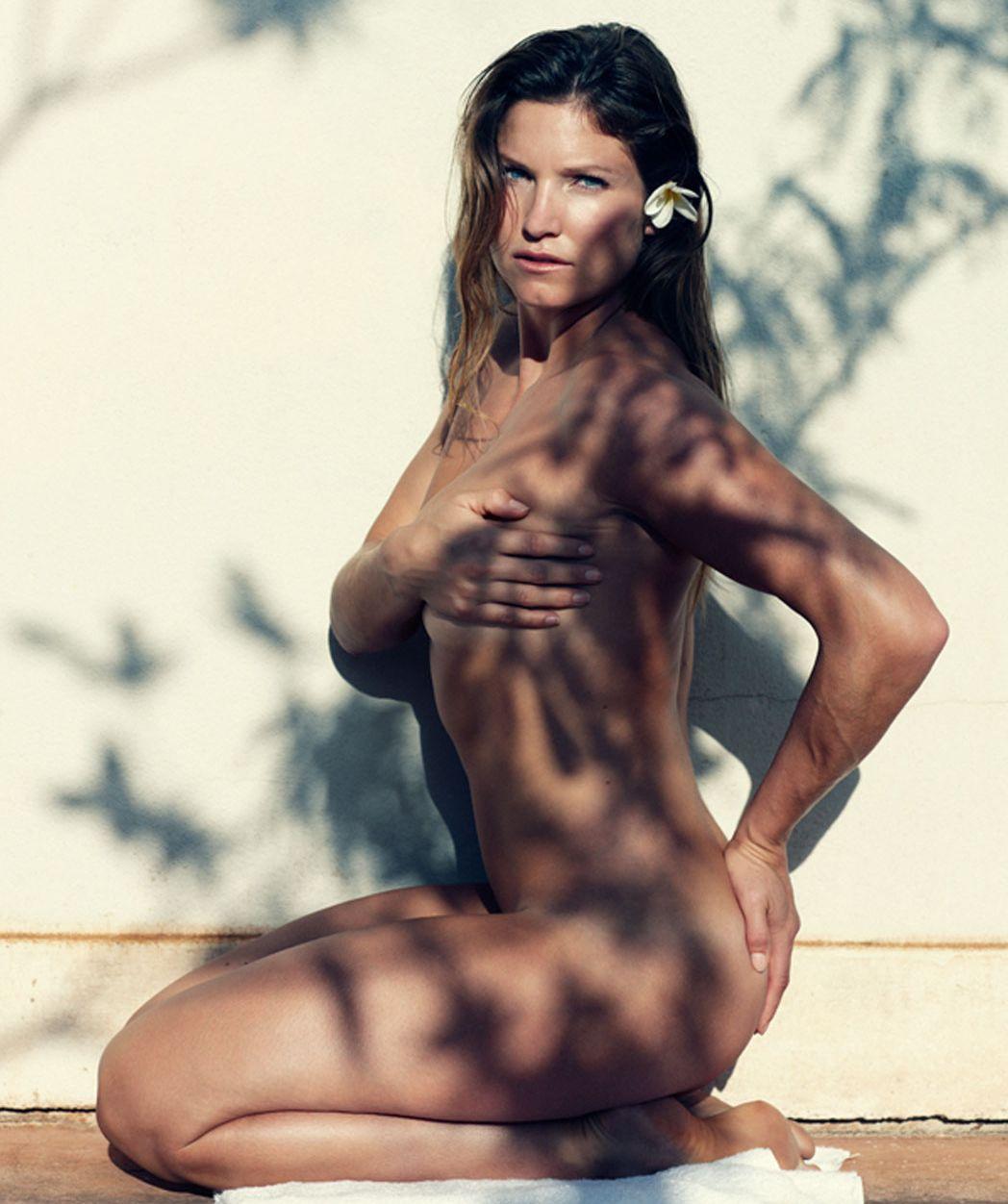 Julia Mancuso Naked covered 03