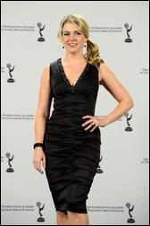 Nov 22, 2010 - Melissa Joan Hart - 38th International Emmy Awards in New York 5058057_Forum.anhmjn.com-20101126095903006